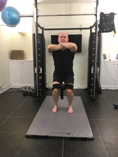 belt-squat-2