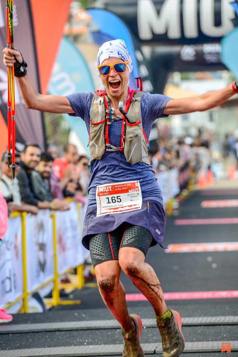2017-04-21-madeira-island-ultra-trail-2017-finish-line-madeira-island-ultra-trail-2017-3043210-47153-6443