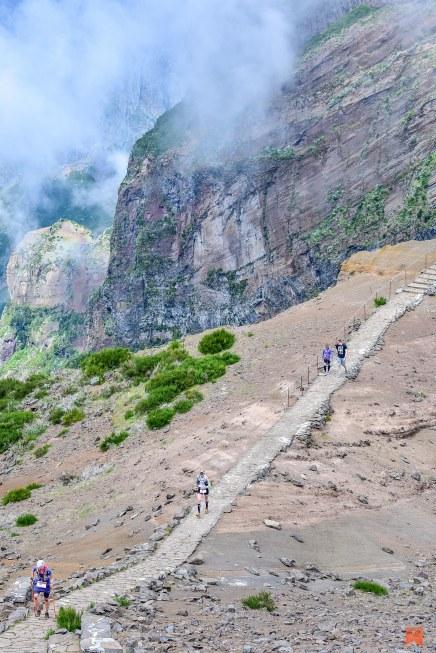 2017-04-21-madeira-island-ultra-trail-2017-pico-do-arieiro-km-71-miut-km-43-ultra-madeira-island-ultra-trail-2017-3043210-47150-1703